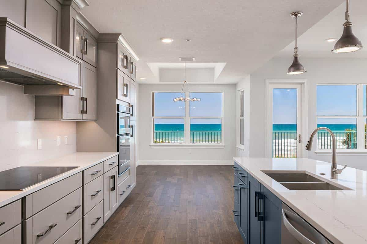 Abacos Oceanfront Condominium Kitchen